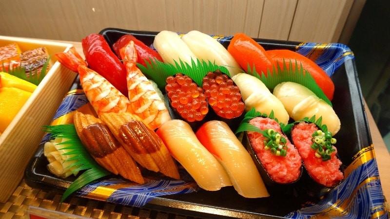 Asagi (Nigiri Sushi for two)