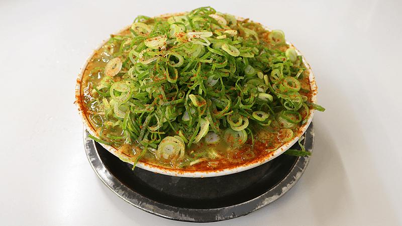 拉麵( + 大量蔥絲)