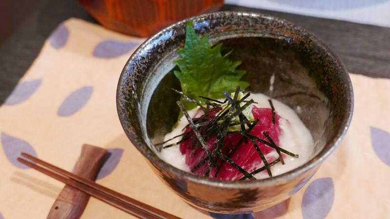Tuna with grated yam