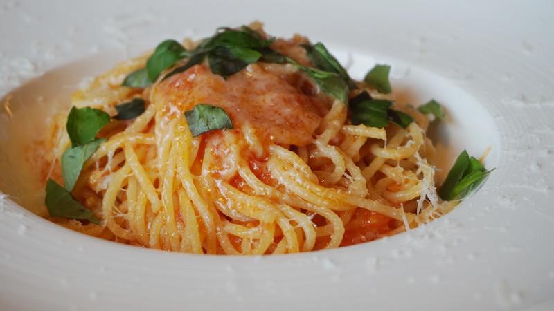 Spaghetti of Tomato and Basil