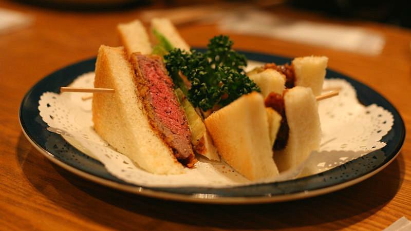 Deep-fried beef sandwich