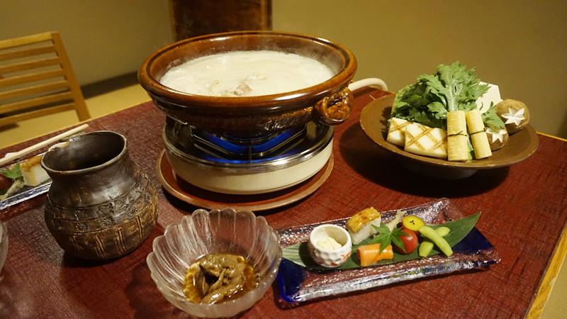 雞肉火鍋(Mizutaki)
