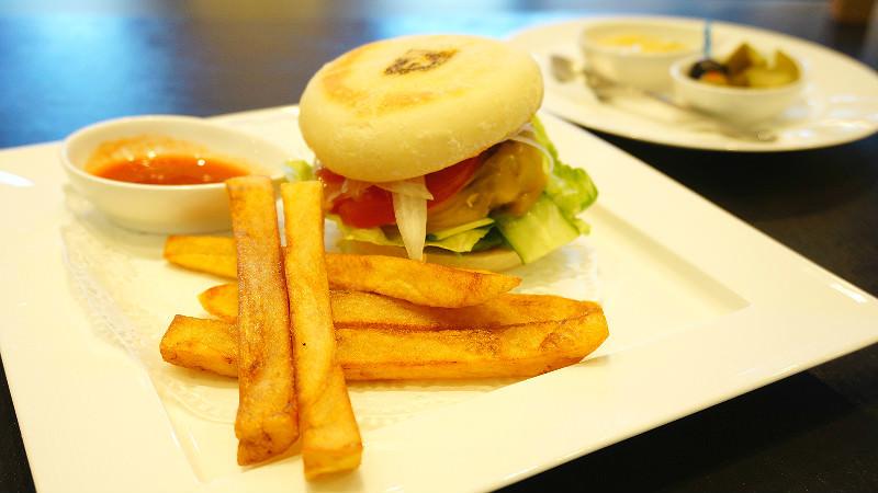 Bouley's Burger