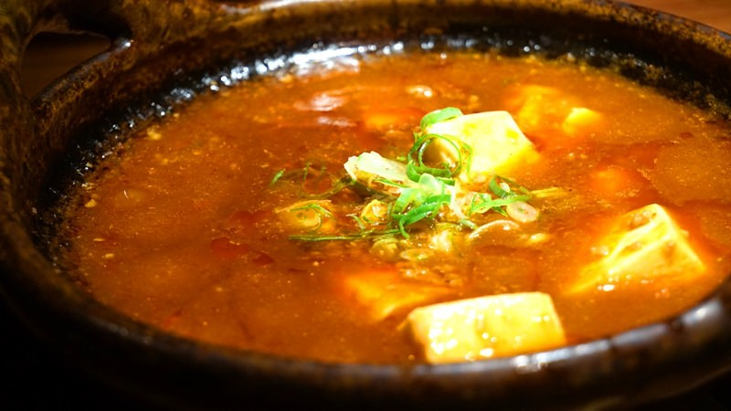 Szechuan Style! Yahei Chili Delicious and Spicy Earthen Pot Mabo Tofu