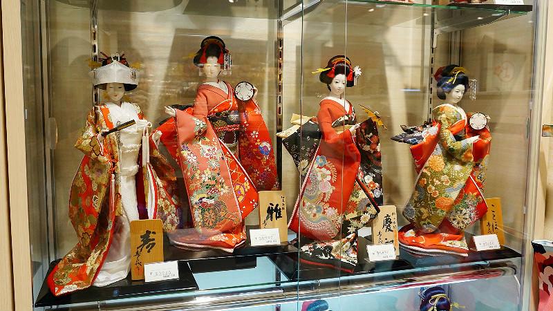 日本人偶娃娃