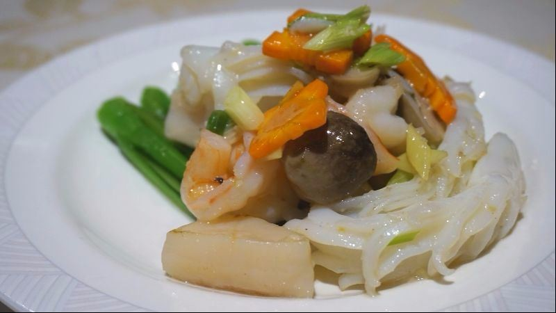 炒三種海鮮及時令蔬菜