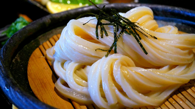 The long udon noodles