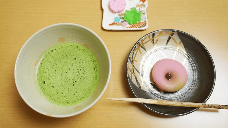 和菓子與抹茶