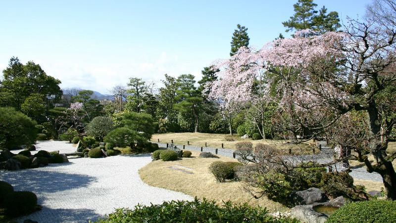 Visit Yuzen-en, Yuzen-en Garden