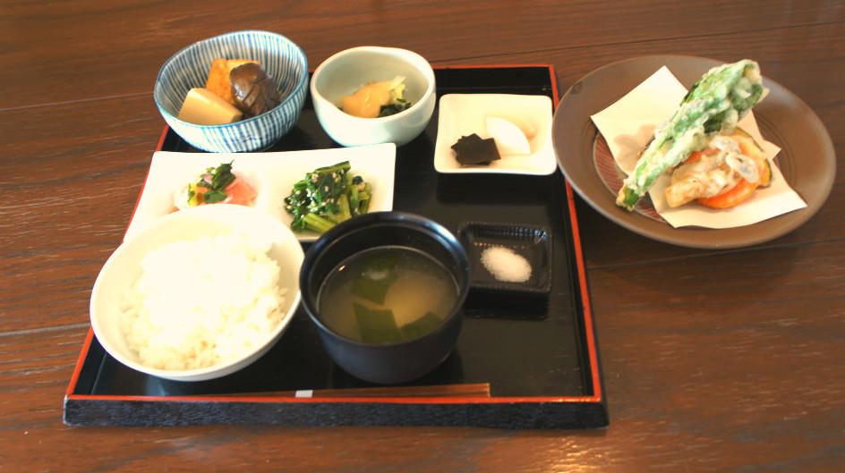 Vegetable meal set