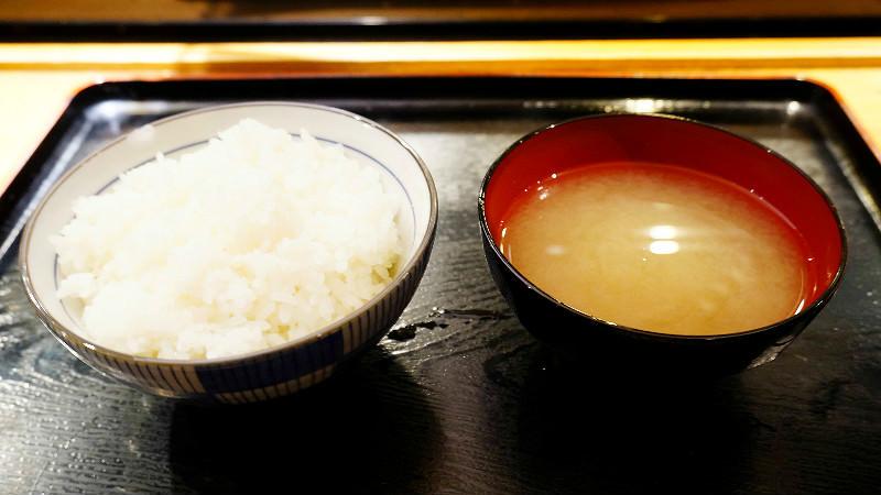 飯和味噌湯