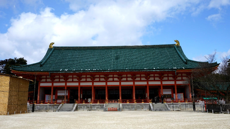 Daikoku-den (the main hall)