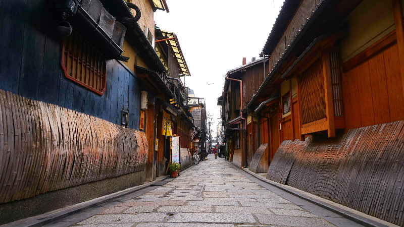 The Shirakawa River in Gion will make you think