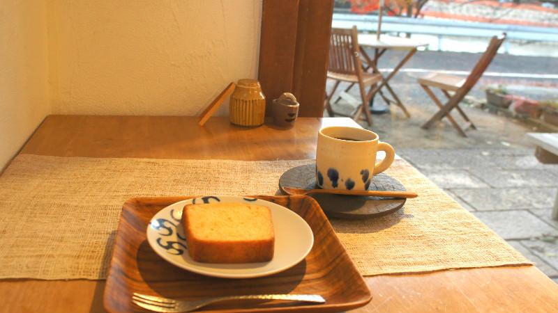 蛋糕和咖啡組合