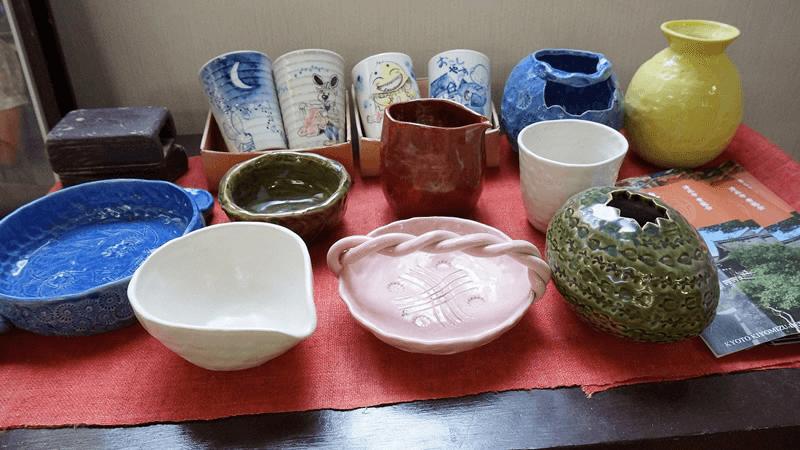 先在腦中想好要製作的陶製品