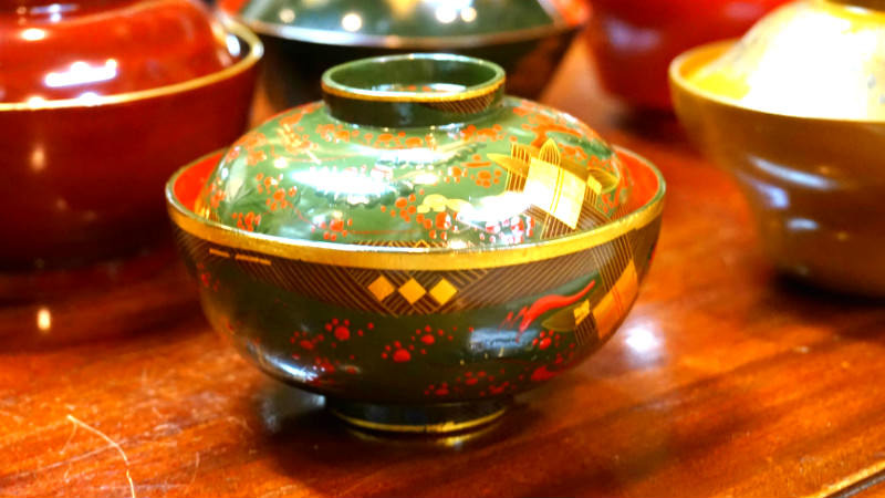 Lacquerware that you can use in your day to day