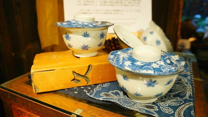 Imari pottery