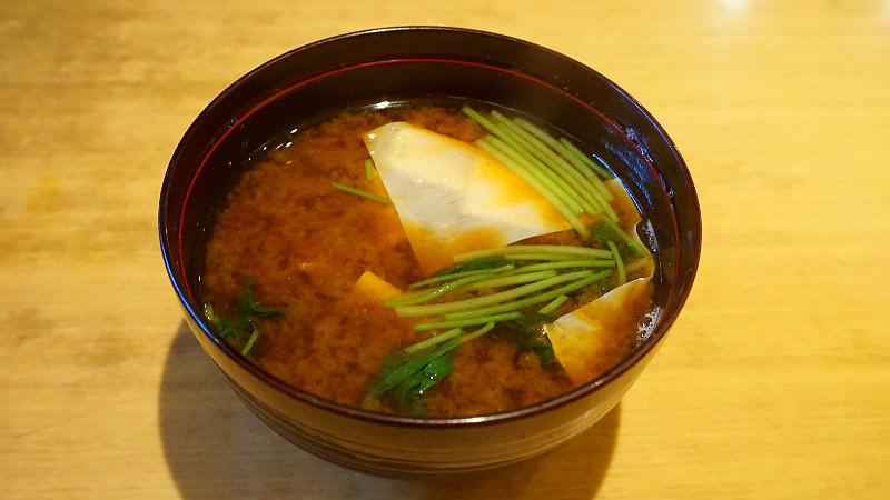 Akadashi (味噌湯)