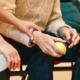 介護業界における履歴書での志望動機の書き方
