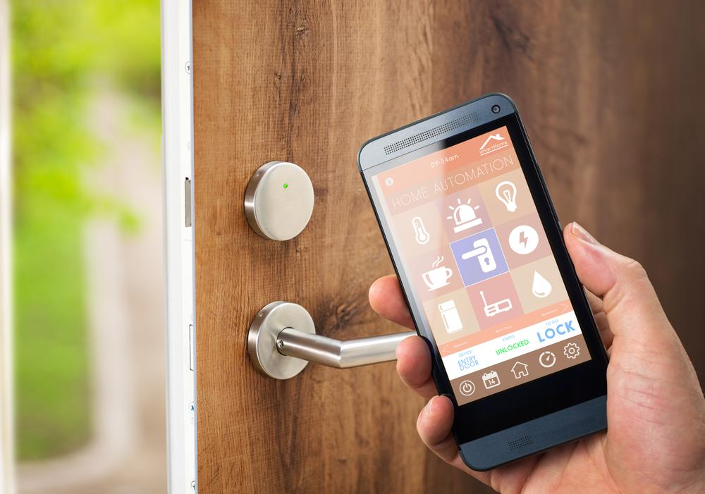 スマートフォン端末で施錠を管理するイメージ画像