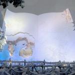 あまりの雪にディスニーランドのプーさんの絵本が白紙に、、