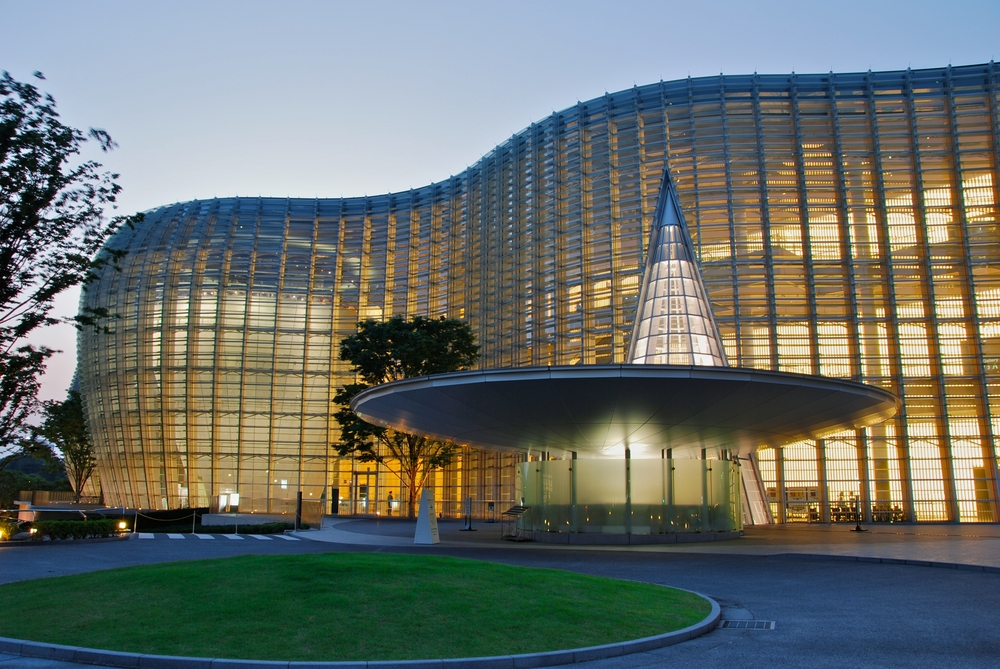 六本木デートスポット国立新美術館