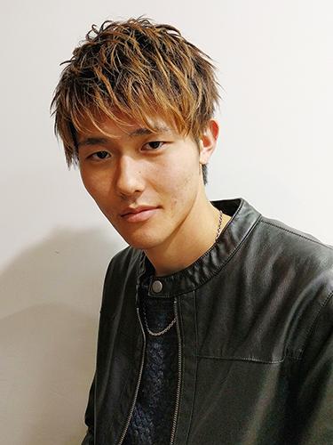 NAOTO風のミディアムパーマ髪型