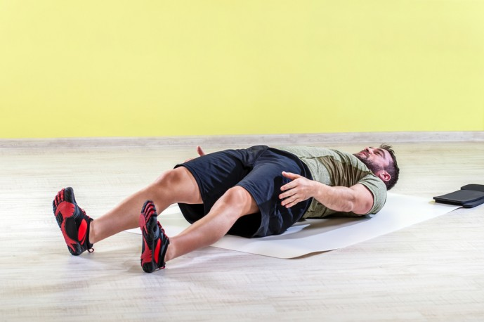 自重で行える効果的な体幹トレーニング7