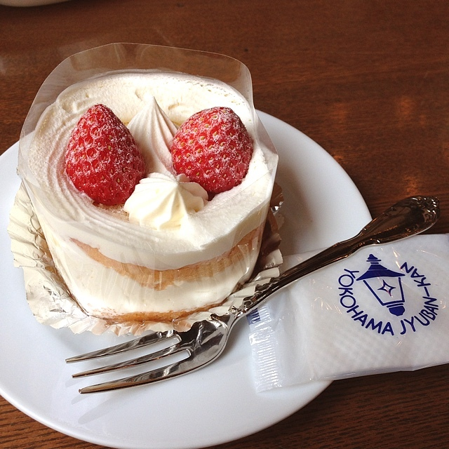 馬車道十番館 ショートケーキ