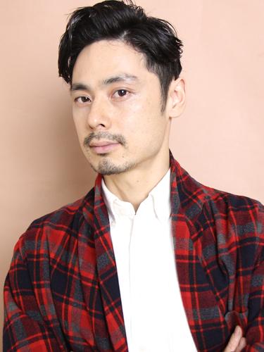 丸顔 髪型 メンズ ネオ七三