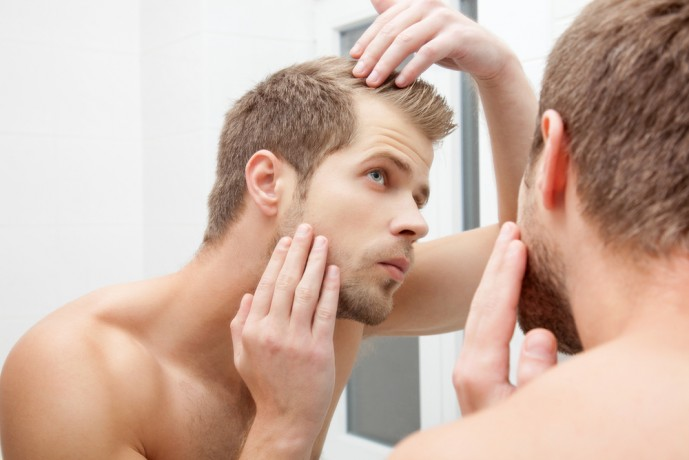 20代30代の男性に送る抜け毛の原因をまとめた完全マニュアル