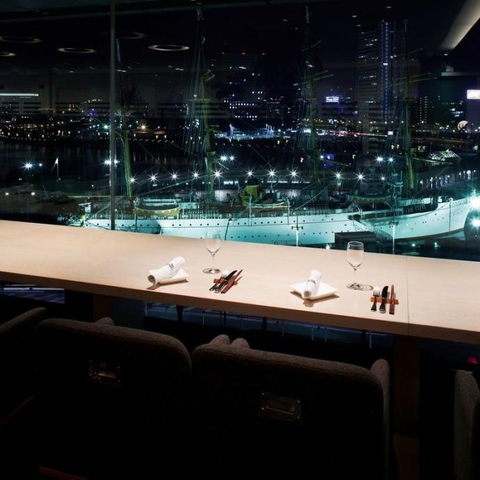 横浜ディナー 夜景 シェフズブイ