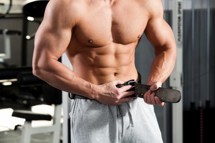 背筋の効果的な筋トレ方法である腹圧トレーニング