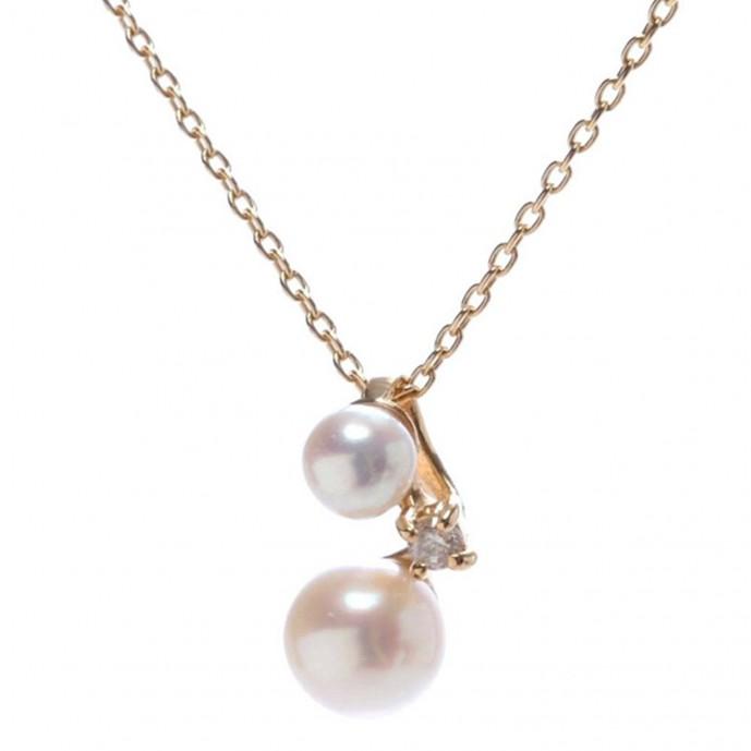 サマンサティアラの真珠のネックレス