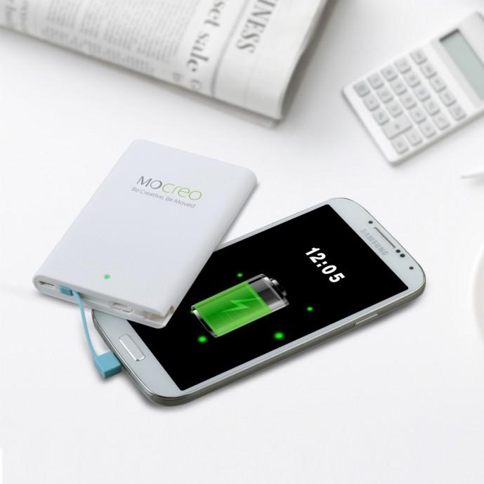 iPhoneを2回充電できるモバイルバッテリー