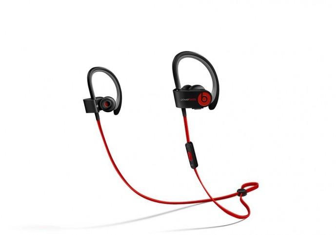 Beatsのスポーツ用ワイヤレスイヤホン