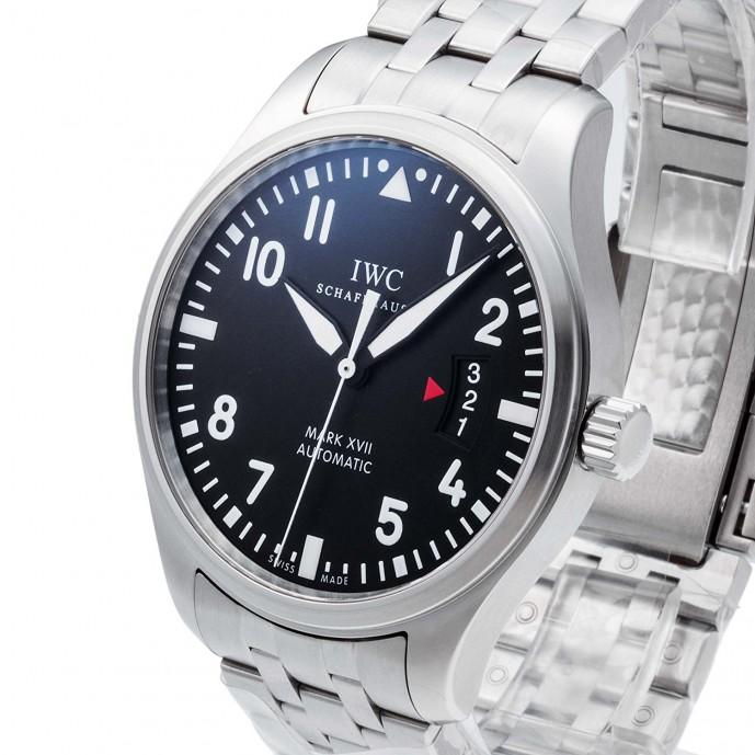 有名ブランドのIWCパイロットウォッチマークの腕時計