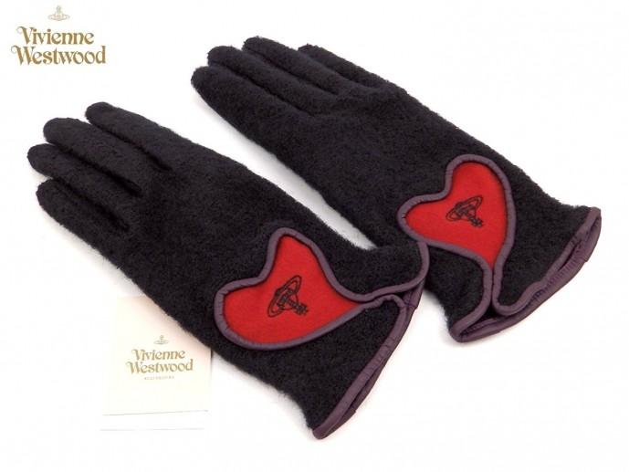 クリスマスプレゼントにぴったりなヴィヴィアン・ウエストウッドの手袋