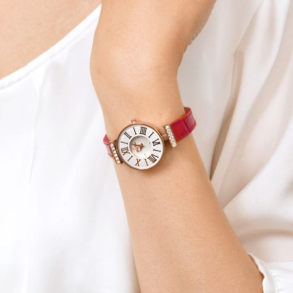 クリスマスプレゼントにフォリフォリの腕時計