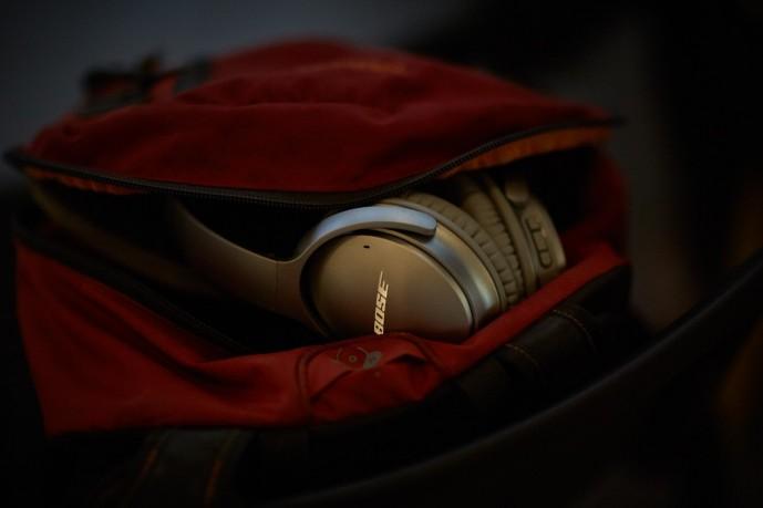 ボーズのワイヤレスヘッドホンQuietComfort35 WLSS