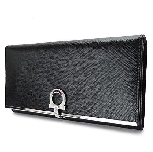 クリスマスにフェラガモの財布をプレゼント