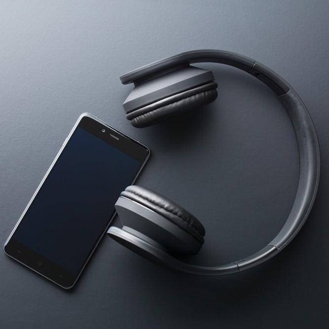 iPhoneで使用できるヘッドホン
