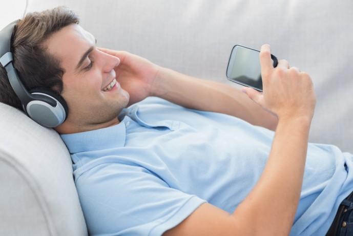 iPhoneで通話もできるヘッドホン