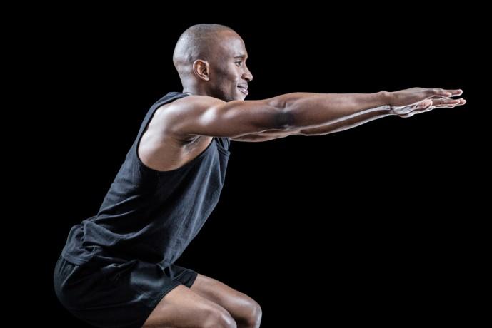 大腿四頭筋を刺激するワイドスタンススクワットトレーニング