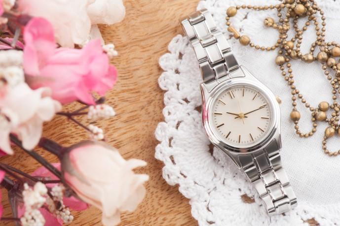 クリスマスプレゼントにおすすめの腕時計