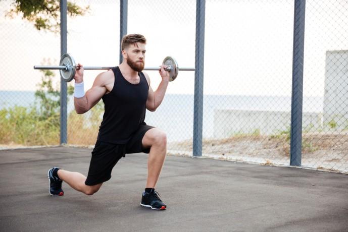 大腿四頭筋を鍛えるスプリットスクワットの効果的なやり方