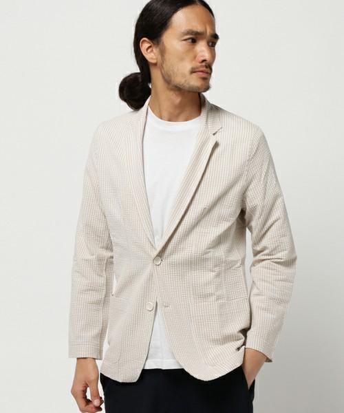 テーラードジャケットの着こなし方