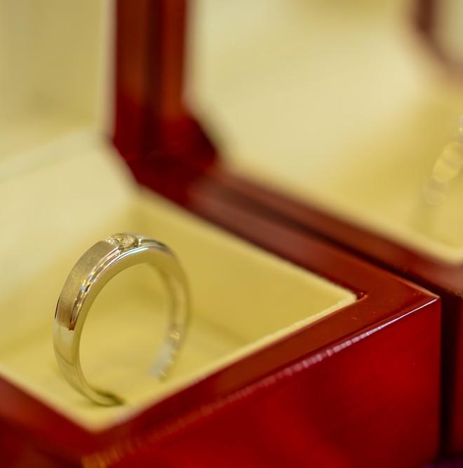 彼女のクリスマスプレゼントに贈りたい予算2万円以内の指輪