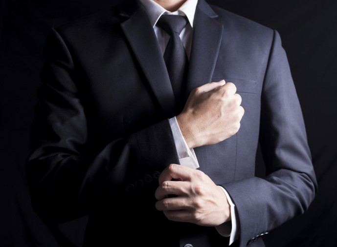 ブラックスーツの着こなし方