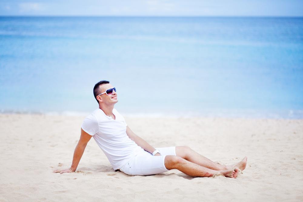 夏の白Tシャツコーデ